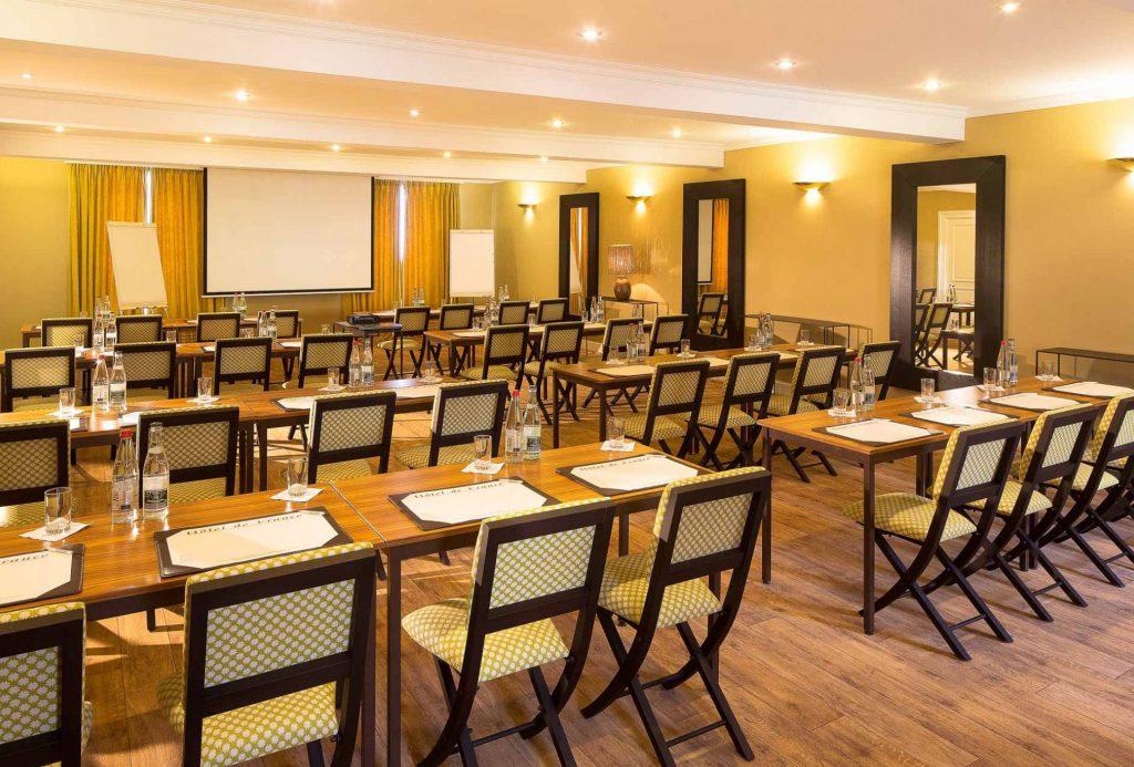 Hôtel de France - Vos Séminaires proche de Paris à Angerville en Essonne